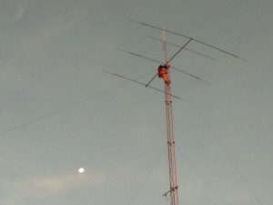 Raising 3 band HF yagi antenna in BARC Club House